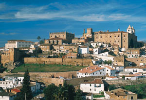 Panoramic view of the city of Cáceres © Turespaña